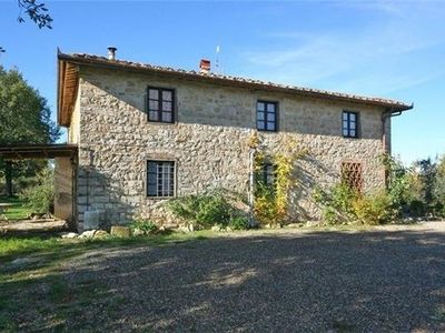 Cottage for 10 people with pool in Chianti
