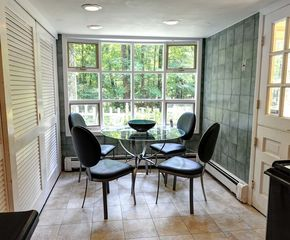 Woodstock estate photo - Kitchen Breakfast Table