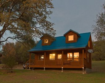 Mariposa cabin rental - Another quiet evening at Trabucco Gardens