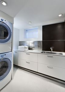 Laundry Room with Full-Size Washer and Dryer. All towels & linens are provided.