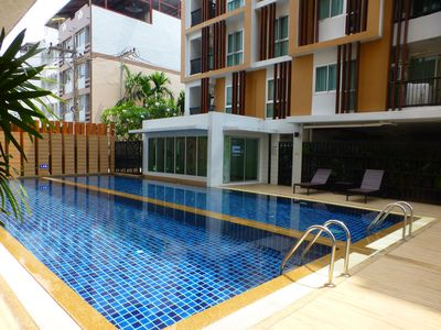 1 Double bedroom Apartment with Swimming pool security and high speed WiFi