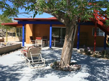 Joshua Tree house rental - East patio has direct access to kitchen- perfect for indoor/outdoor activities