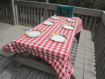 Carry your lunch out to the picnic table on the sunny deck and dine al fresco.