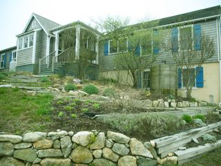 Chilmark cottage photo - As you approach the house..