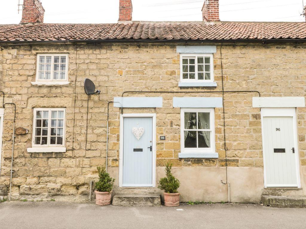 COSY COTTAGE, country holiday cottage in Pickering, Ref 963828