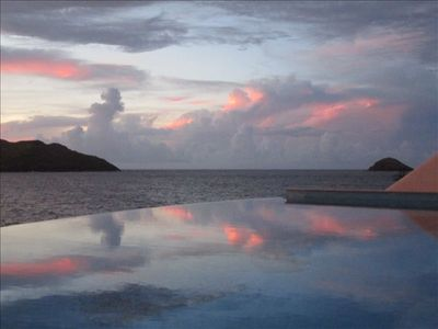 After sunset on the Anse des Lézards: gorgeous grays and pinks !