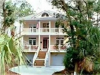 Fripp Island house rental - Fully Paved Drive with additional parking area