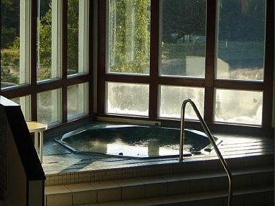 Ahhhh - indoor jacuzzi at the Club House