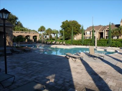 St Petersburg condo rental - Vantage Point Pool
