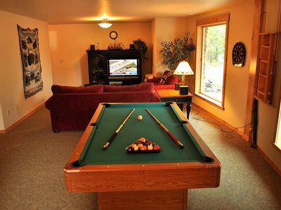 Lower Floor Rec Room - Lower Floor Rec Room with Pool Table and Flatscreen TV w/DVD, Cable and Video Games.
