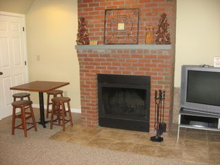 Burke townhome photo - Wood burning fireplace (wood supplied)