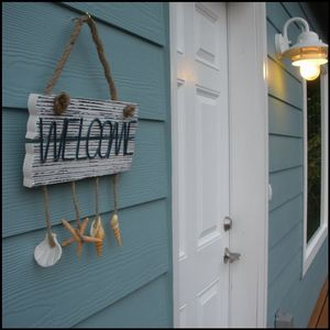 Welcome to Seashell Beach Cottage - just a stones throw from the beach