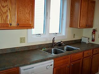 Hampton Beach townhome photo - Kitchen with dishwasher