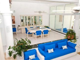 Playa del Secreto villa photo - Upper level view of the Common Area and Dining Room