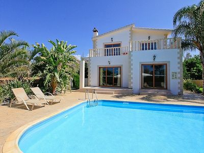 Totally private and secluded villa close to beach and tavernas
