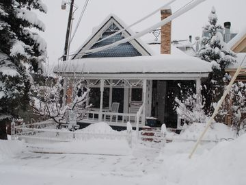 Old Town house rental - Front of House during winter