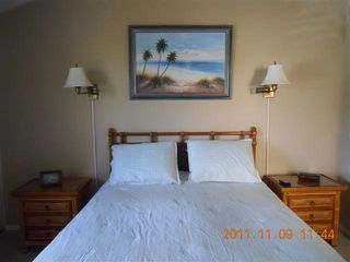 Napili condo photo - This is the downstairs bedroom.
