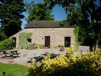 Stunning Luxurious Beamed Cottage in a Secluded Peaceful Peak District Location