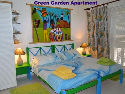 Green Garden Apartment - The Bedroom area