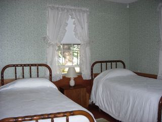 Sheepscot Village cottage photo - Bedroom