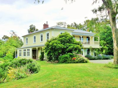 Historic Homestead on 13 Acres, Marlborough N.Z. Wine Country