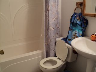 9400 Oceanside Ocean City condo photo - Bathroom 2