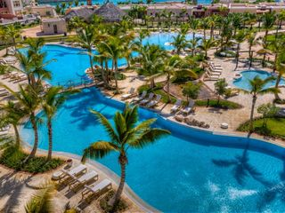Charming and luxurious 1 bedroom studio homeaway cap cana for Vacation rentals in punta cana