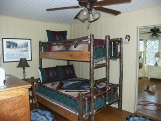 Lake Placid house photo - Bunk room with twin on top and double bottom