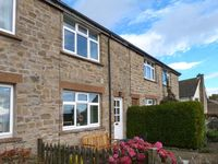PENNINE VIEW, pet friendly, with a garden in Harmby, Ref 19773