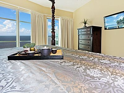 Five Stars accommodations with full amenities. Master Suite views....