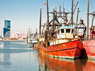 Atlantic City townhome photo - Nearby Mariana.. Love the rustic ships, Harrahs Casino in the background.