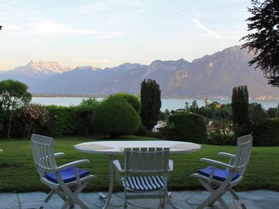 Spacious Montreux Villa: panoramic view, large private garden & pool