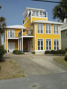 'Seawatch' Direct Gulf Views & steps to one of a few Beach Accesses - Sleeps 25