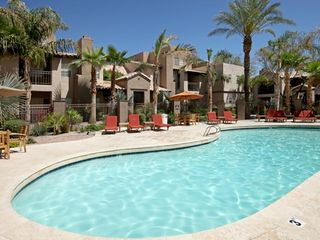 Scottsdale condo photo - Sparkling clean pool for cooling off