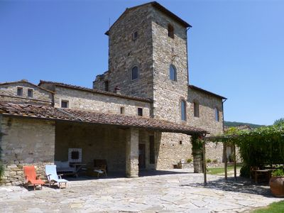 Medieval Watchtower and cottage 20 Minutes from Flore