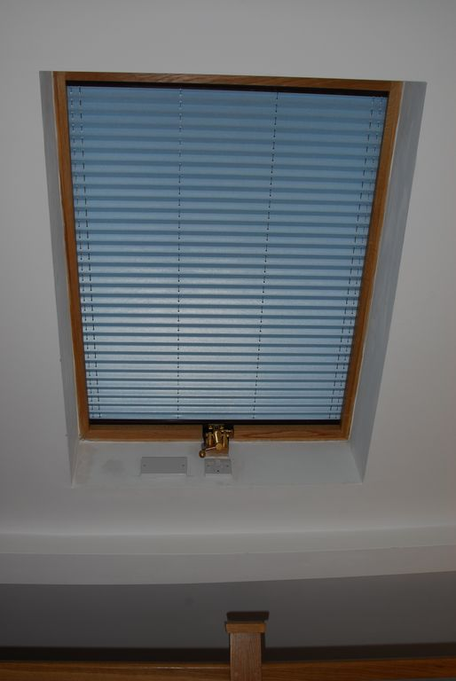 full blackout mechanical blinds