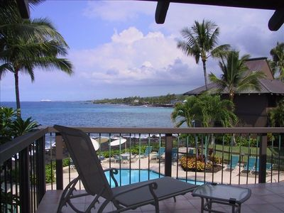 Kailua Kona house rental - On the lanai, the blue Pacific Ocean awaits you!