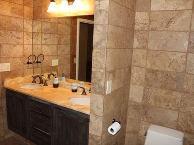 Western suite bathroom