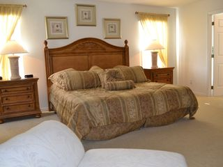 Legacy Park house photo - Large and spacious Master Bedroom with en suite and walk in wardrobes