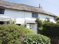 Beautifully Restored Grade 2 Thatched Cottage In Manaton