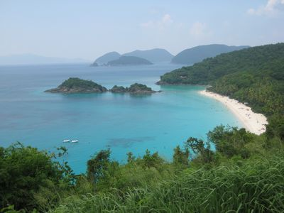 Spectacular view of Trunk Bay on St-John's. Fantastic snorkeling...