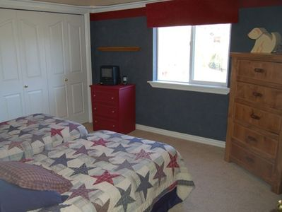 Upstairs Double Twin Room with two dressers and TV/VHS (no satellite)