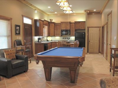Hot Springs house rental - Lower level game room