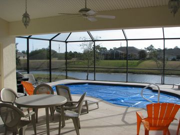 Heated pool and screen lanai overlooking Rotonda River Enjoy morning coffee