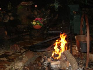 Castro Valley estate photo - Open flame firepit for BBQ & Smores.