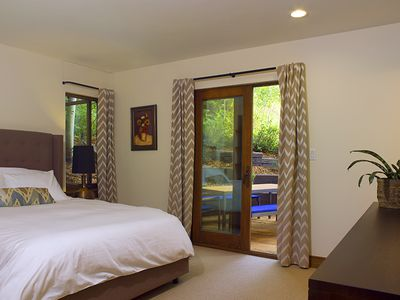 Vail apartment rental - Second master has a queen bed, a bathroom & direct access to deck & hot tub
