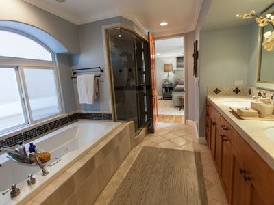 Master Bathroom with Steam Shower and Jacuzzi Tub, His & Her Sinks