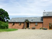 THE BYRE, character holiday cottage in Wentnor, Ref 1502