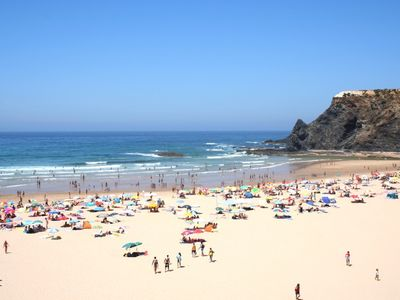 Nearby beaches ... Praia de Odeceixe