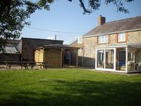 Peaceful and picturesque farmhouse near Charmouth and Lyme Regis